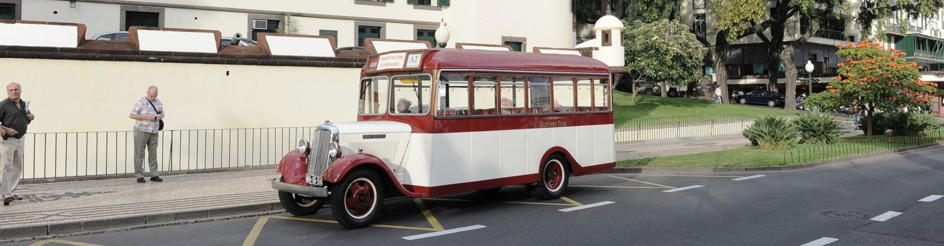 Vintage Car Tours around Madeira Island
