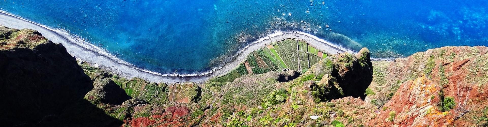 Câmara de Lobos & Cabo Girão – Tuk Viewpoints Tour