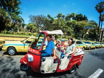 Camara de Lobos – Tuk Night Tour