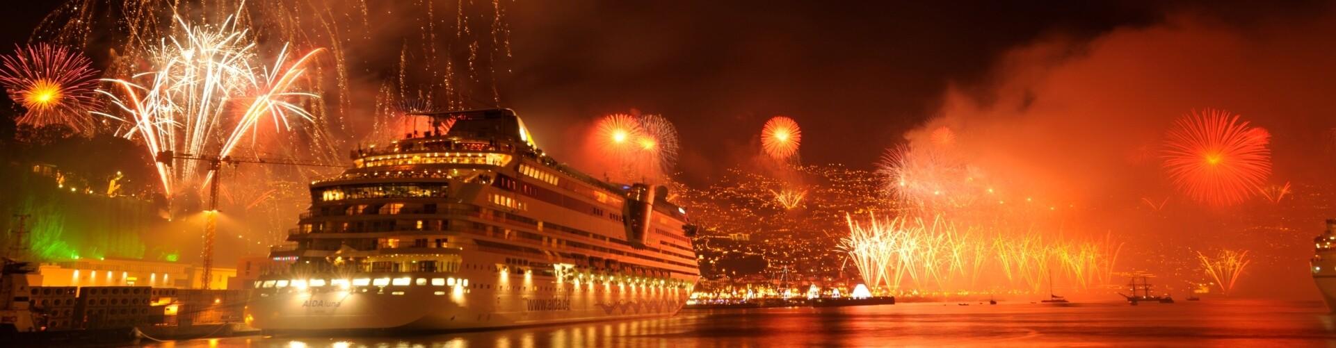 Passeio de Barco para Assistir ao Fogo de Artifício