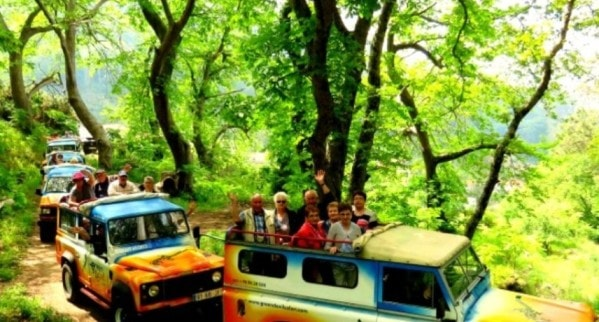 jeep tours in madeira island min