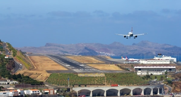 Madeira Airport mini